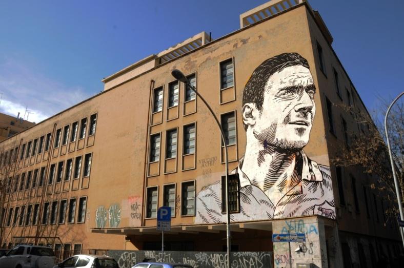 lucamaleonte-vecchio-a-chi-new-mural-in-rome-06