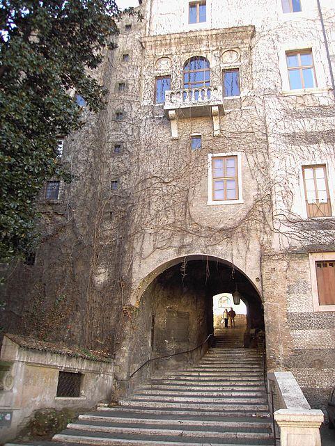 palazzo Vannozza rione monti