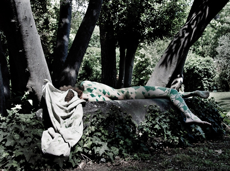 Child of tree - performance di Alessandra Cristiani