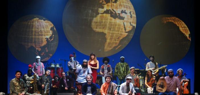 orchestra-piazza-vittorio_il-giro-del-mondo-in-80-minuti-800x535-702x336